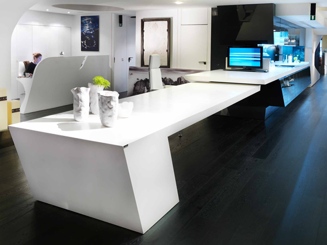 Banque accueil solid surface